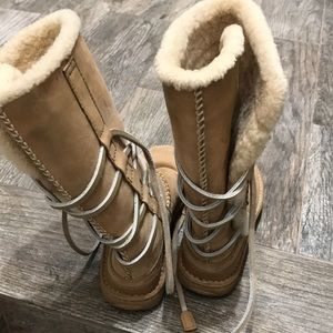 019eff50ea6 Women's Ugg Australia tall boots with wrap laces